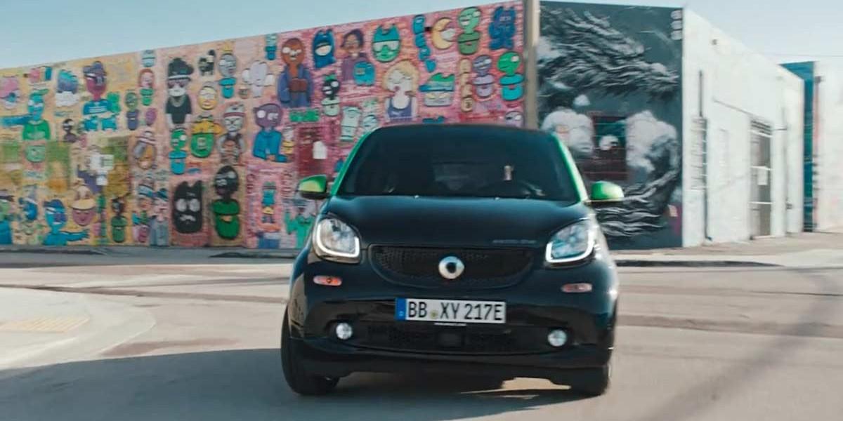 Daimler | Smart Car, Electricity Deserves More Fun