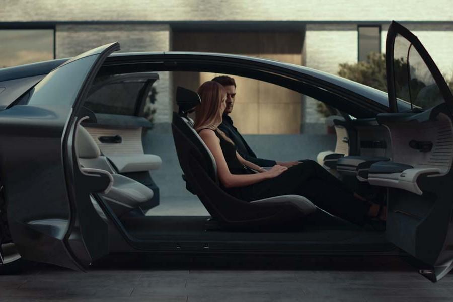 Audi AG   Grandsphere Concept